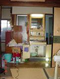 「水漏れで腐った床修理と古い洗面台を新しく替えたいです」についての画像