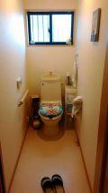「アラウーノS2便器交換工事とトイレ内装工事」についての画像