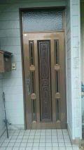 「玄関ドア交換 木製のドア風の扉が希望」についての画像