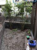 「変わった形の庭にウッドデッキを安く作りたい」についての画像