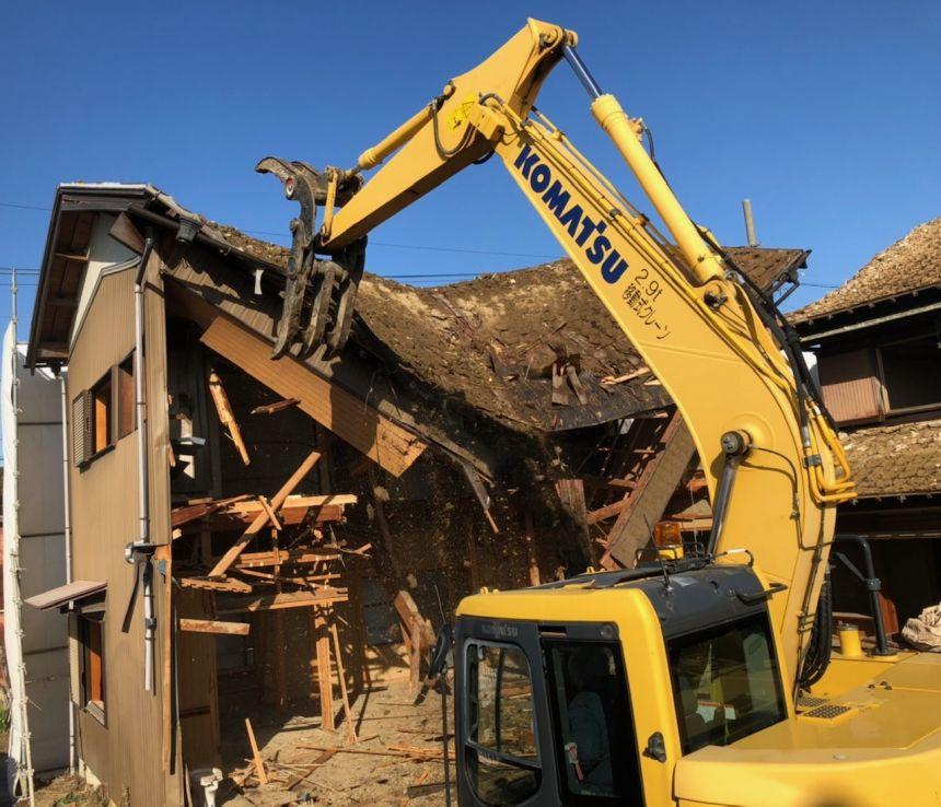 木造家屋解体工事の様子