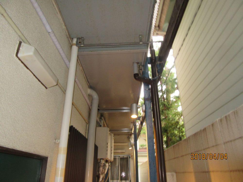 西側 通路側の天井 塗装後