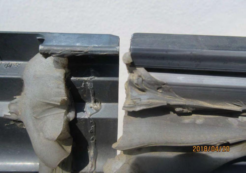 ⑥雨樋西側の継手の破損
