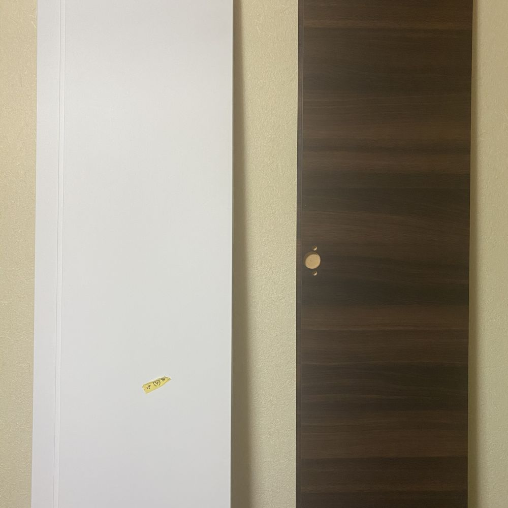 室内ドアのダイノックシート施工事例